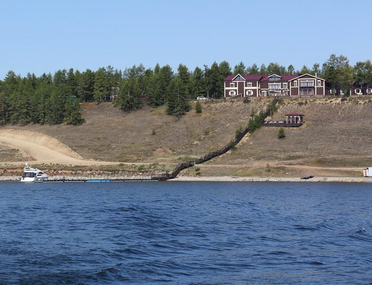 Лодж-отель «Байкальская резиденция».