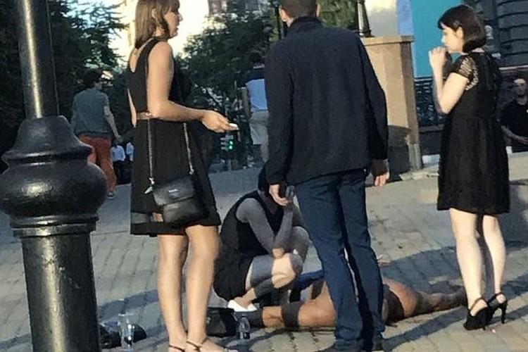 Очевидцы рассказали, что подвыпивший Драчев просил не вмешиваться в происходящее: дуэль, даже дурная, есть дуэль