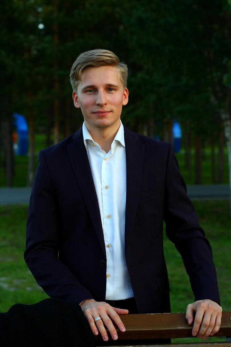 """Этого молодого человека многие если не видели, то слышали на """"Бессмертном полку"""". Фото: личный архив Михаила Гаврилова"""