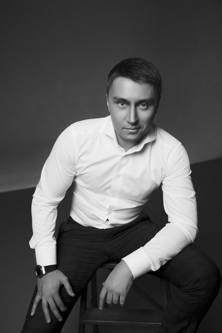 Святослав стал популярен благодаря необычным акциям в инстаграм