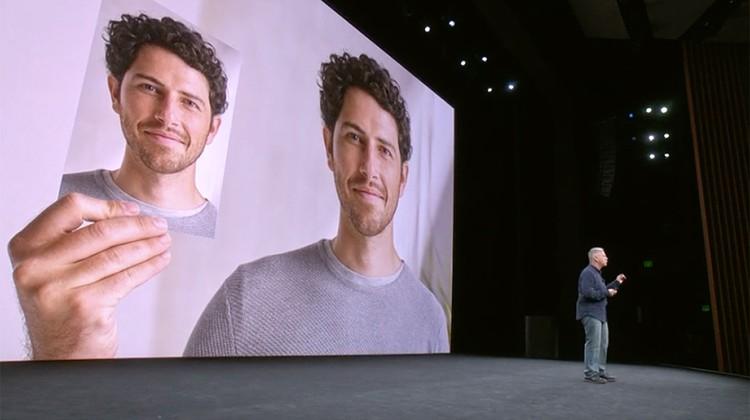 Apple первым идентифицирует пользователя по 3D портрету – то, что в iPhone X называется Face ID