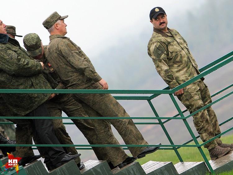 Помощник президента по национальной безопасности Виктор Лукашенко.