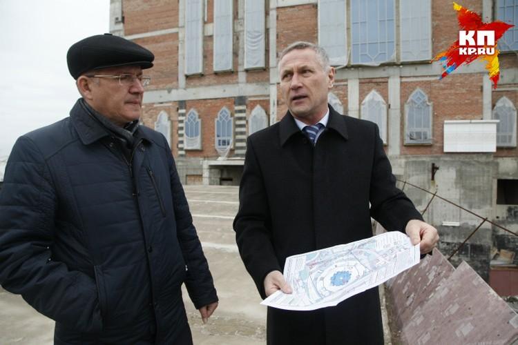 Представители ДУМ РБ говорят, что для укрепления конструкции нужна земля - иначе мечеть может рухнуть.