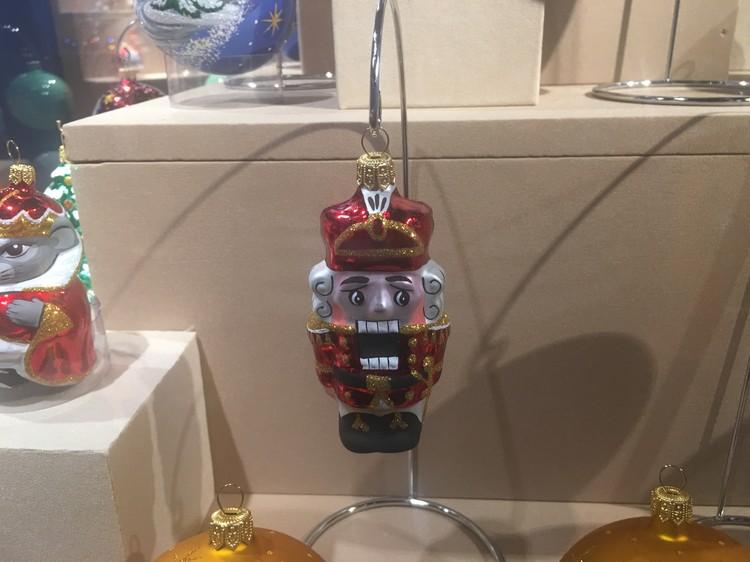 """В честь Петра Ильича Чайковского (его дом-музей находится в Клину) выпущено несколько серий игрушек. Естественно, """"Щелкунчик"""" на почетном месте!"""
