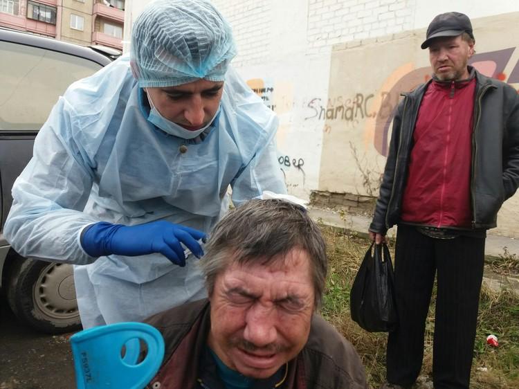 В неделю на помощь уходит 10 тыс. руб., большую часть перечисляют люди. Фото из архива группы «Другая медицина»