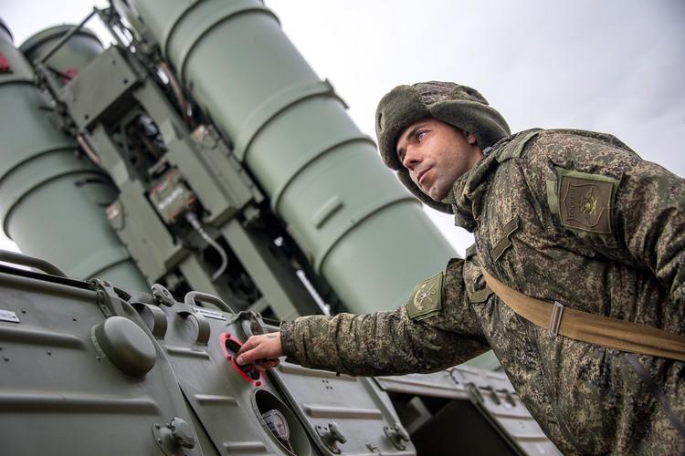 Севостьянов: Возможности С-400 поистине уникальны, но сама система - ничто без людей.