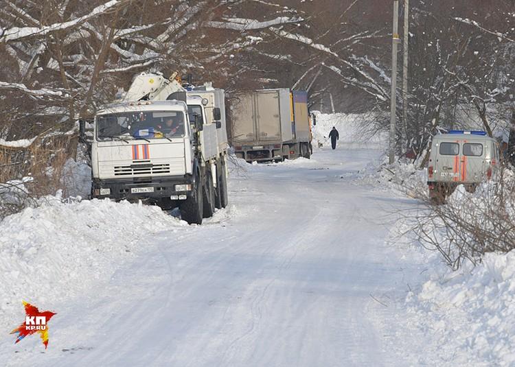 В самом селе разбит временный лагерь для сотрудников МЧС