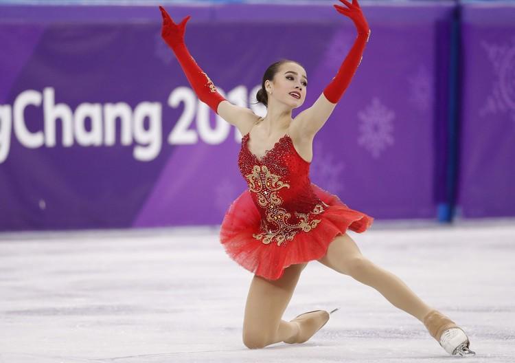 Алина Загитова во время выступлений в Пхенчхане.
