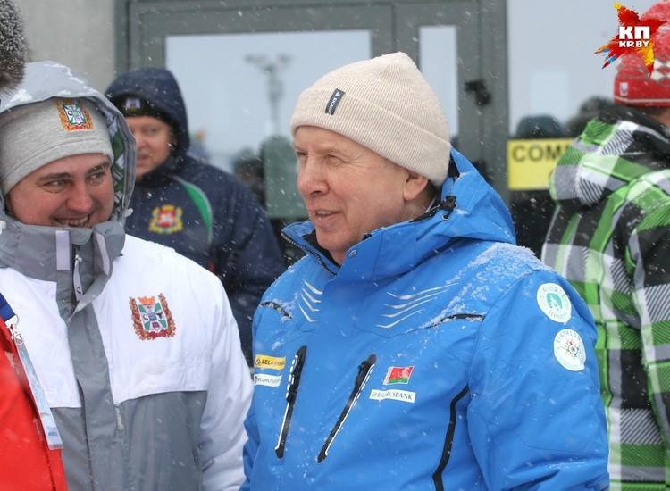 Потом Василий Жарко успел сменить экипировку.