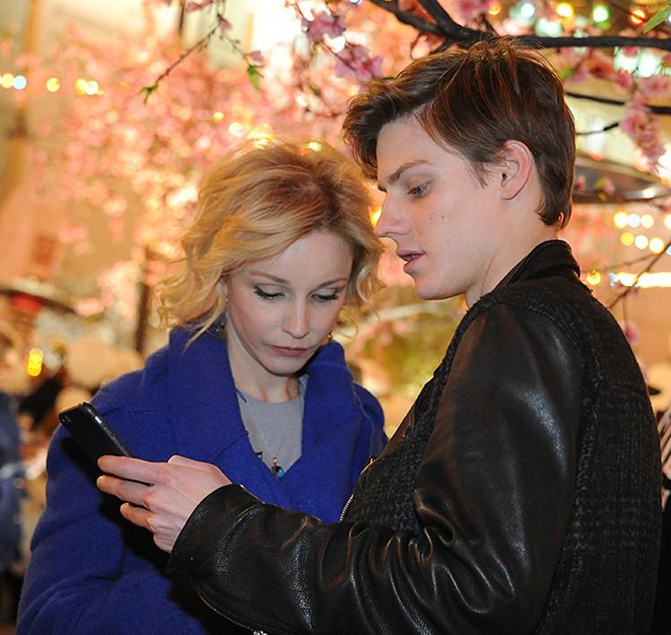 Марина Зудина с сыном Павлом Табаковым