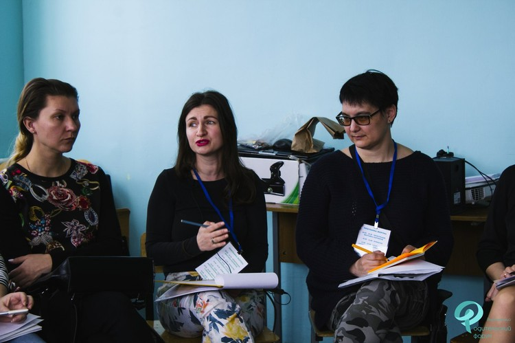 фото: ВРОДО «Искра»/ Татьяна Охрименко (по центру).