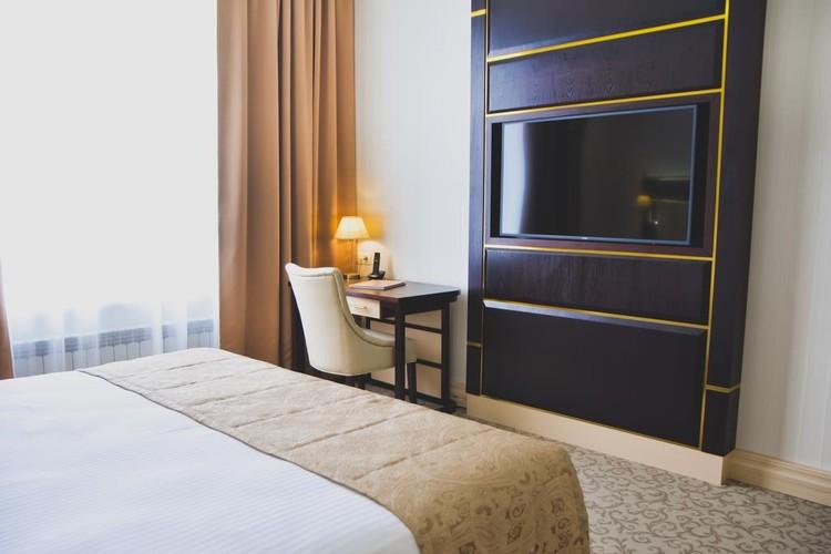 Все дешевые номера в гостиницах давно забронированы