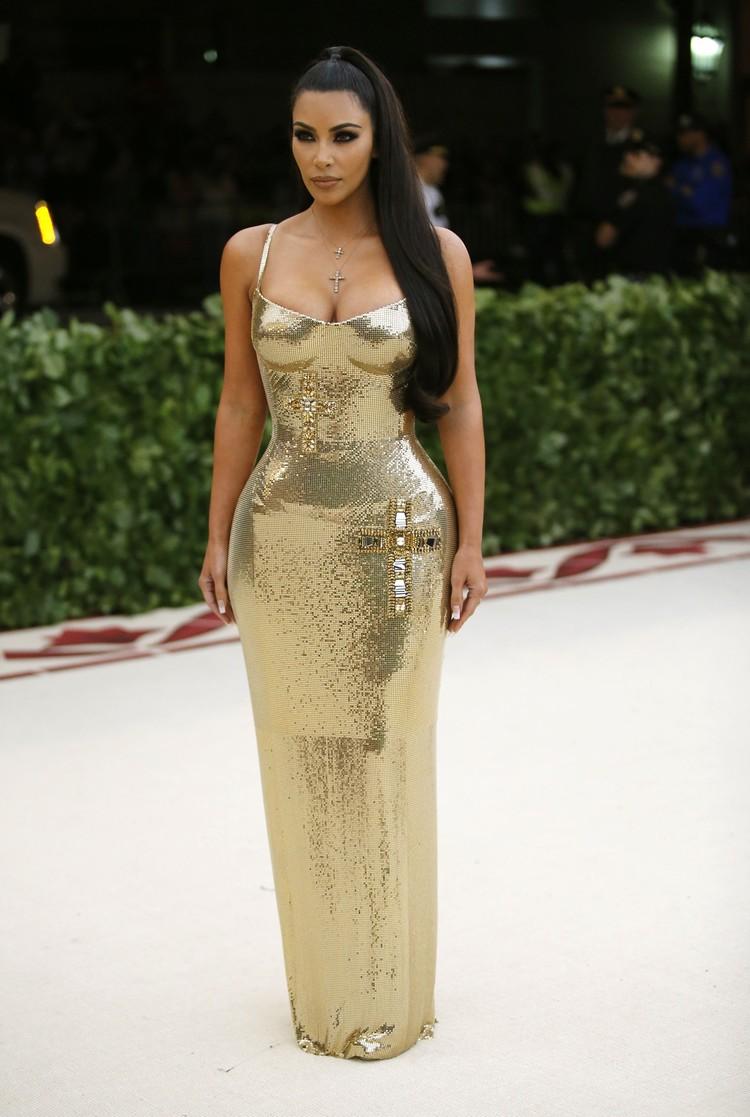 Ким Кардашьян сделала ставку на свои знаменитые формы.