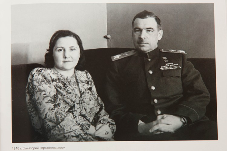 Маршал Говоров с супругой. Пересъемка: Александр ГЛУЗ