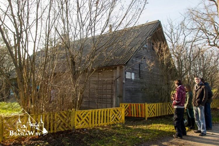 В Алашках создали яблочный музей. Фото: braslaw.by