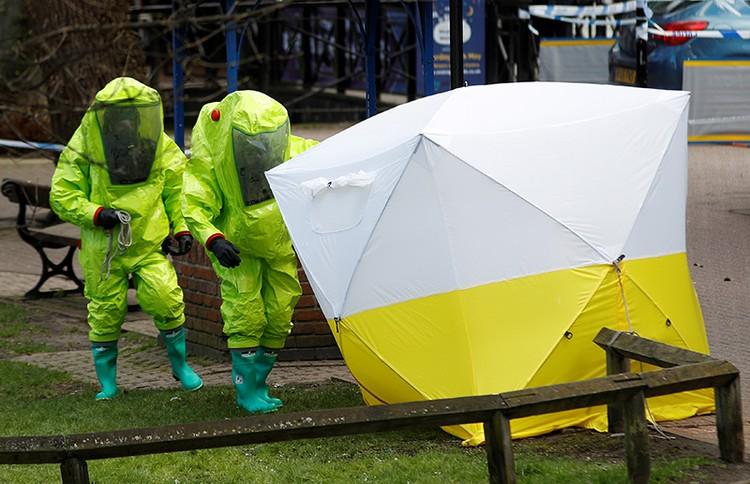 4 марта в городке на юге Англии был загадочно отравлен агент нескольких европейских разведок Сергей Скрипаль с дочерью Юлией