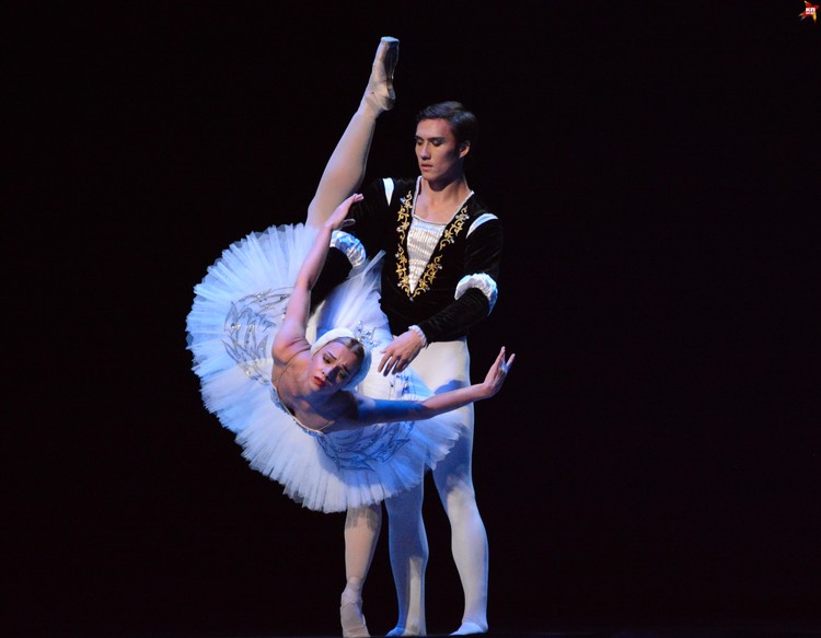 В программу вечера вошли шедевры мировой хореографии
