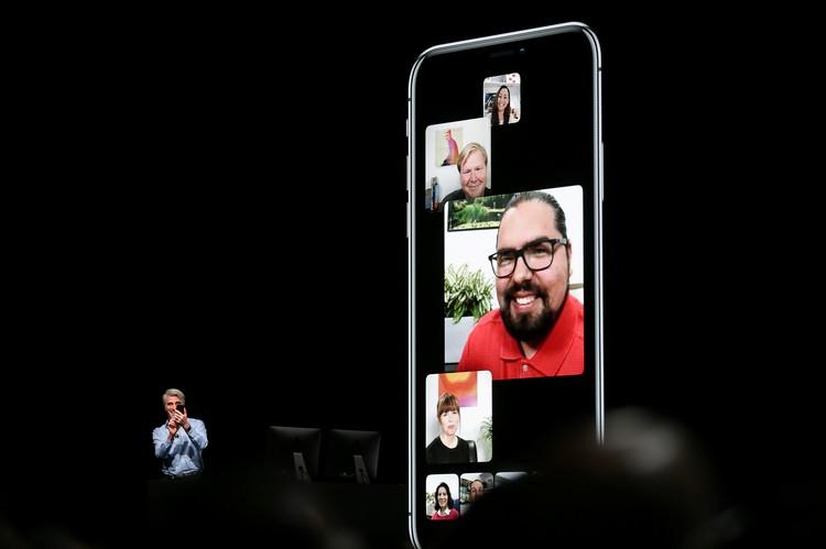 Возможность вести групповые разговоры в FaceTime - еще одна новая опция