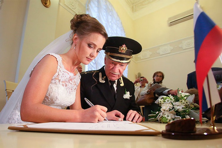 Иван Краско и Наталья Шевель расписались в 2015 году.