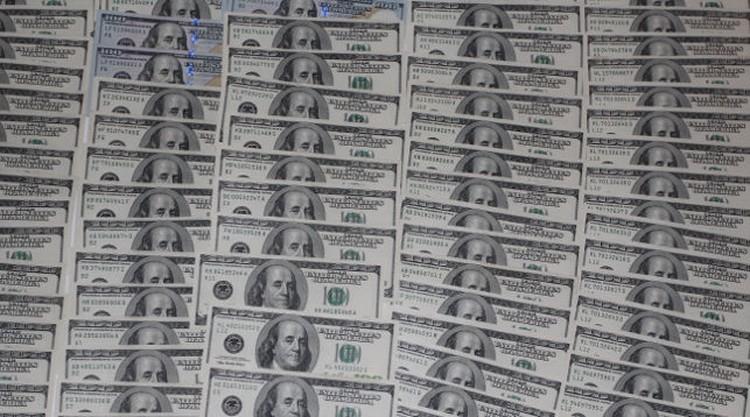 Разовые суммы взяток отдельным чиновникам доходили до 350 тысяч долларов