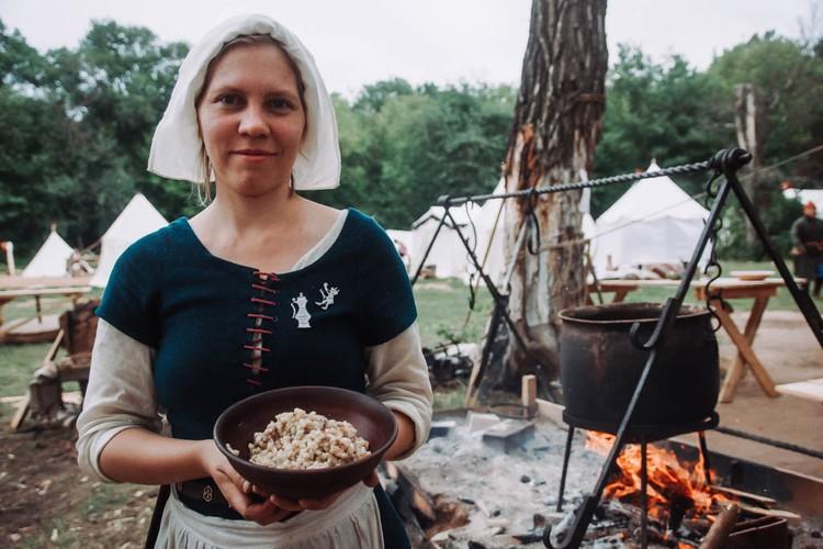 Кому блюда средневековой кухни?