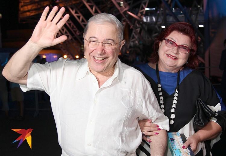 Евгений Петросян и Елена Степаненко в 2016 году.