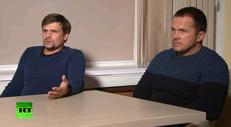 Обвиняемые британцами в причастности к отравлению Скрипалей россияне Руслан Боширов и Александр Петров во время интервью. ФОТО Russia Today / Youtube