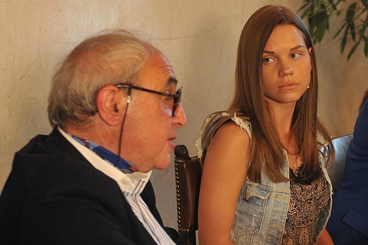 Екатерина вот уже 4,5 года борется за сына. Помогают ей в этом лучшие юристы страны. Но пока - безрезультатно.