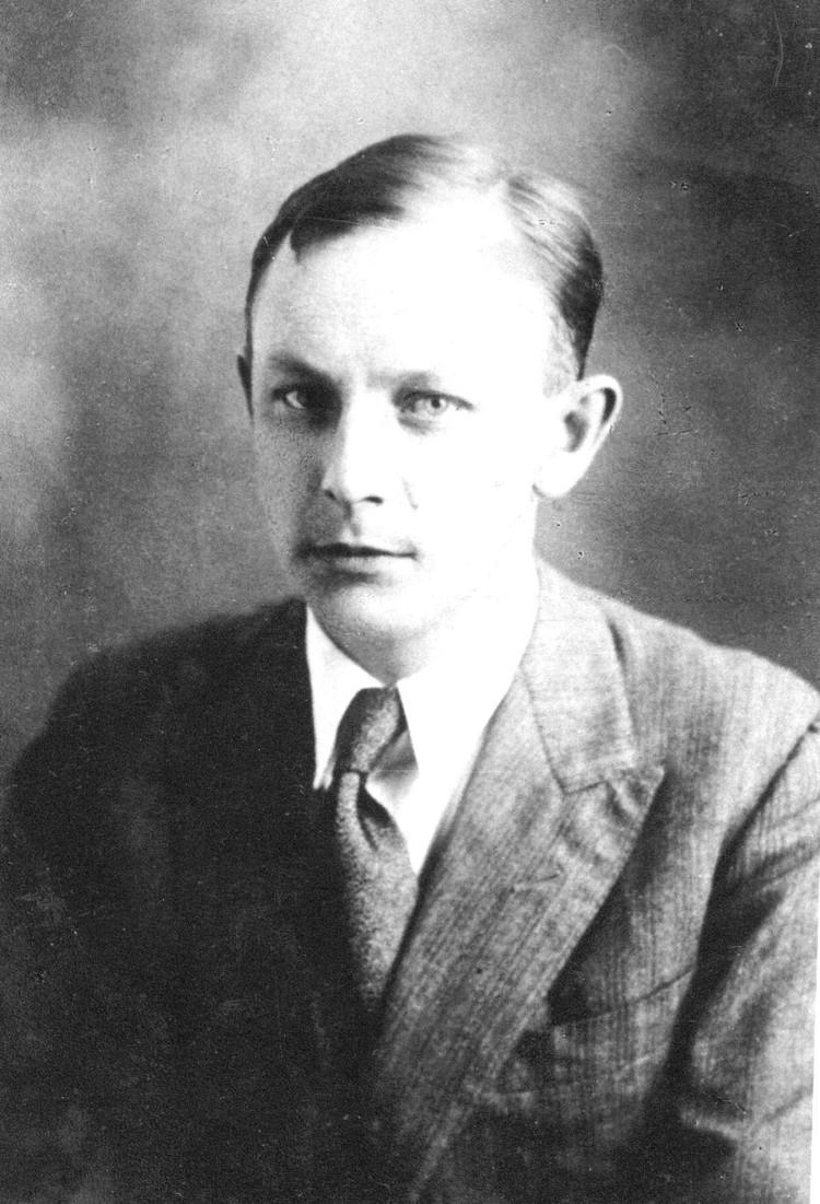 По данным «Мемориала», приговор Кину-Суровикину был подписан 21 апреля 1938 года и вскоре исполнен.