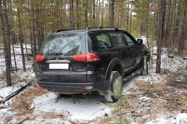 В этом внедорожнике парень похитил жену убитого пенсионера. Фото: СУ СК России по Бурятии.