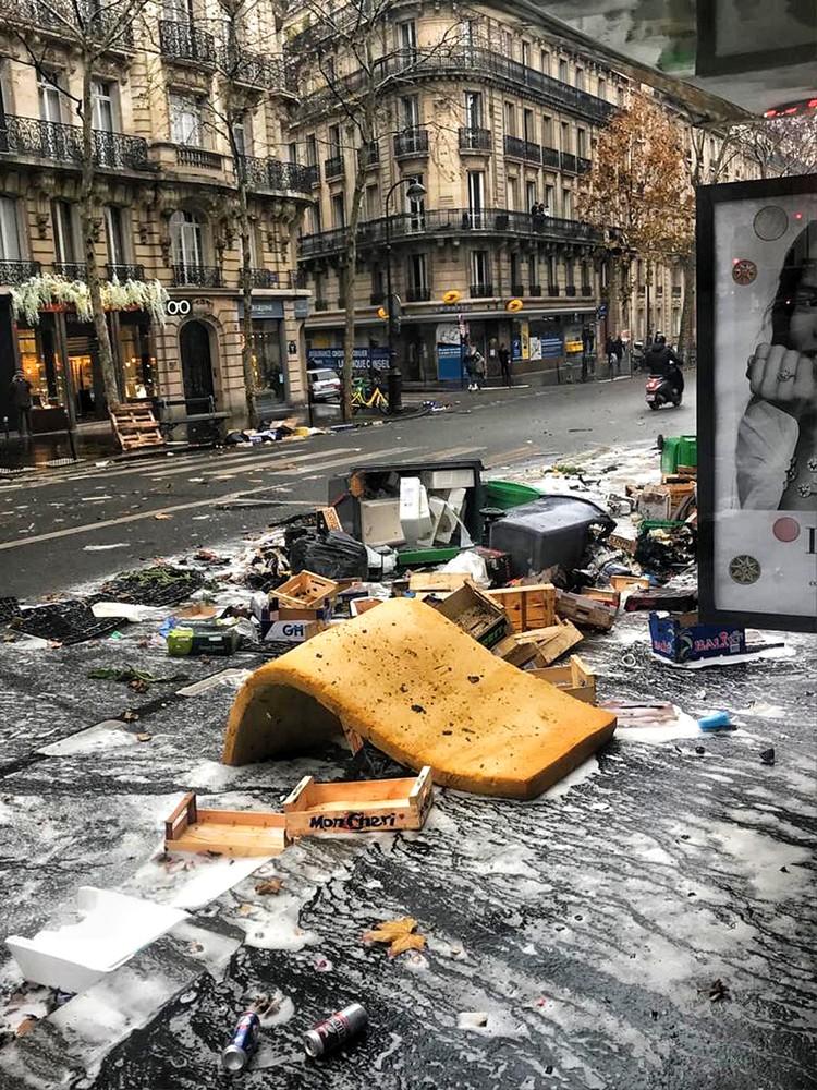 Париж, мы любим тебя!