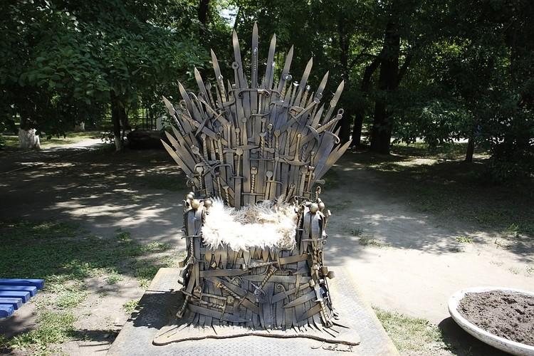 Благовещенский трон уже отработал сезон в городском парке
