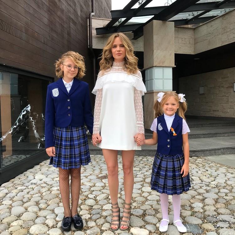 У певицы две дочки Лидии 11 лет, Вере 7 лет. Фото: Instagram