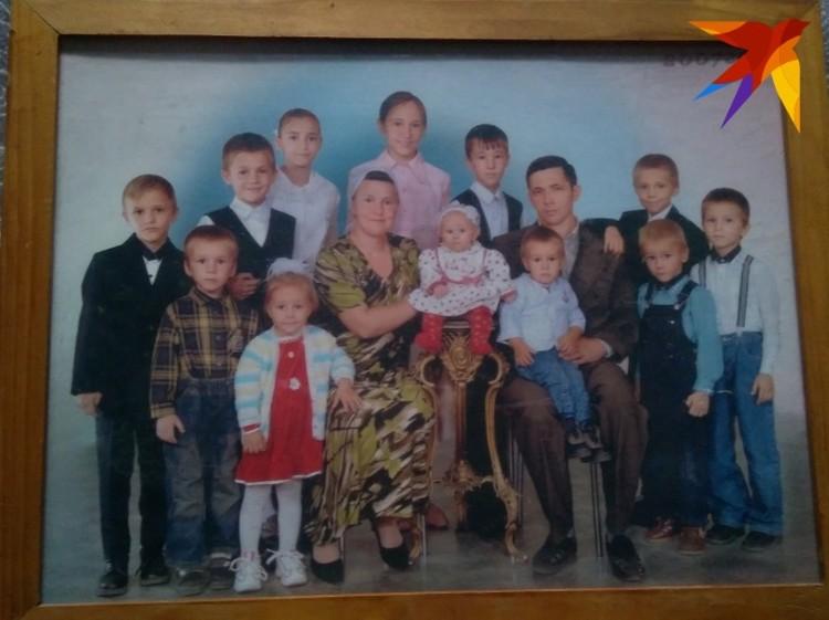 Всю семью для семейного фото сложно собрать.