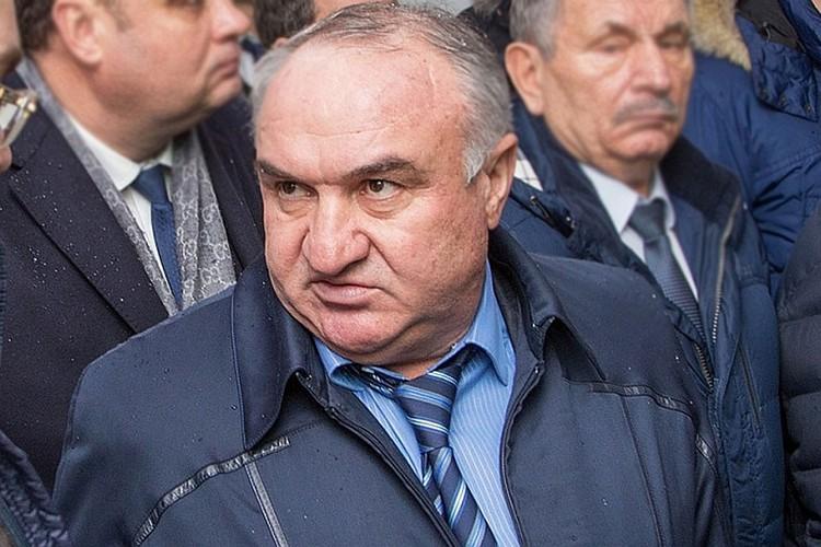 Также задержанный советник главы «Газпром межрегионгаза» Рауль Арашуков, отец арестованного сенатора Рауфа Арашукова. Фото: Ставрополькрайгаз