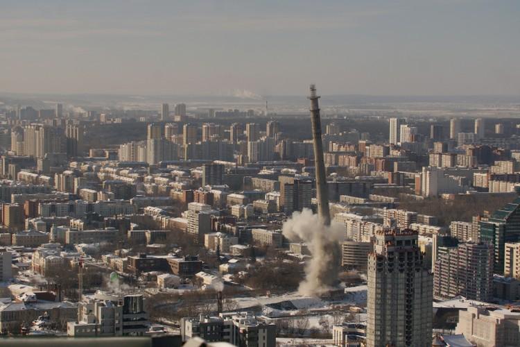 Перед взрывом в городе зазвучала сирена. Фото: Алексей БУЛАТОВ