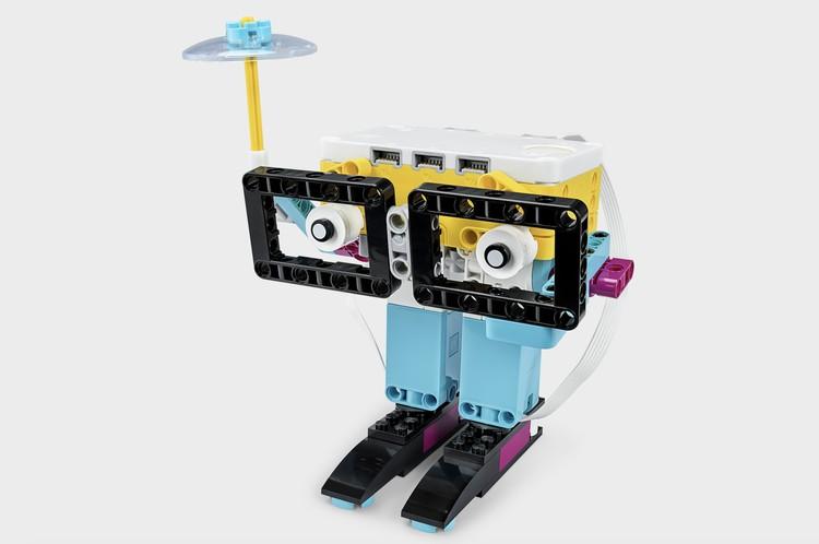 С наборами LEGO Education SPIKE Prime учиться весело и познавательно. Фото: LEGO.