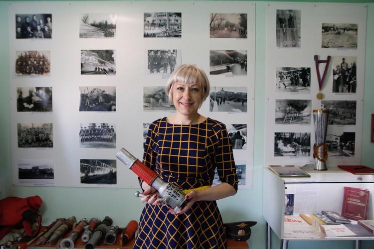 Лариса Дьячкова - директор музея, 20 лет проработала в пожарной охране\ФОТО: Официальный Новороссийск