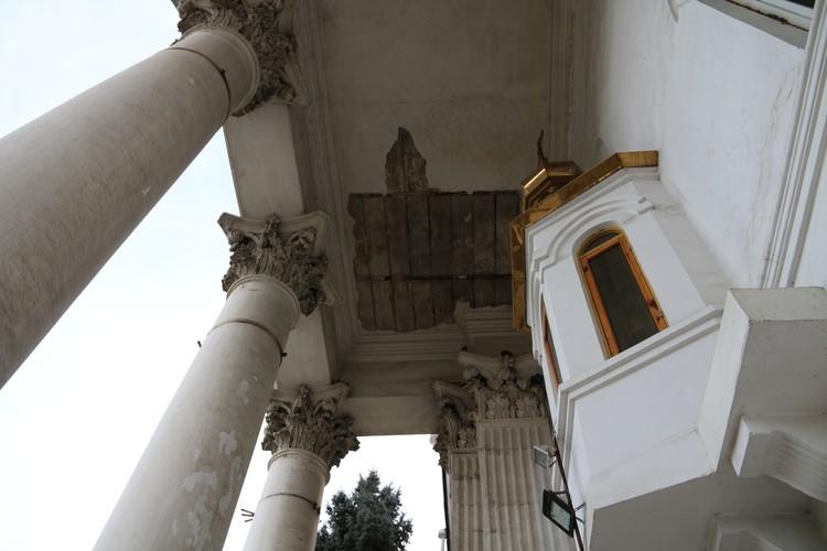 Церковь требует ремонта