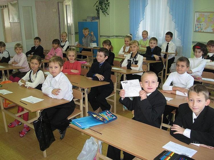 Дети в Крыму учат украинский с удовольствием, никто не запрещает.
