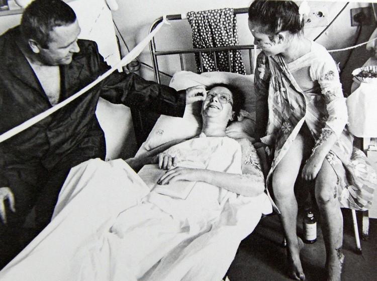 Мама поправляется! Вся семья уцелела. Фото: архив Юрия Вишни.