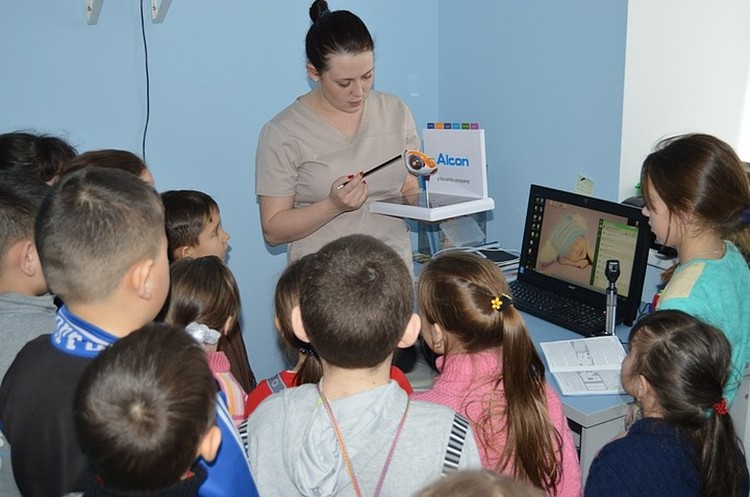 Детское отделение Межрайонного центра глазной хирурги п.Шемордан Сабинский район.