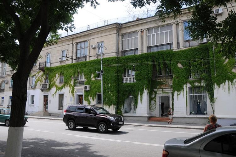 В городе-герое памятников и мемориальных досок больше, чем где-либо еще в Крыму.