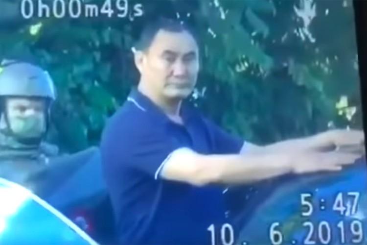 Экс-глава волгоградского Следственного комитета Михаил Музраев во время задержания.