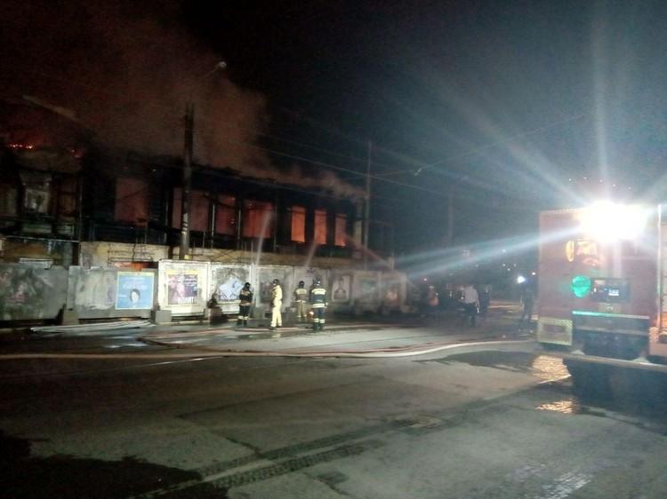 В Челябинске сгорел особняк Почелина.