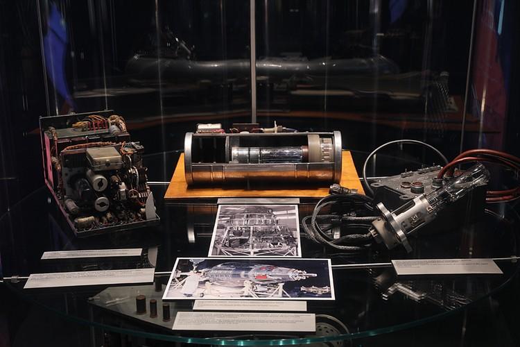 Приборы спутника. Фото предоставлено Музеем космонавтики