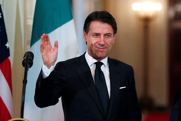 Премьер-министр Италии Джузеппе Конте объявил о своей отставке