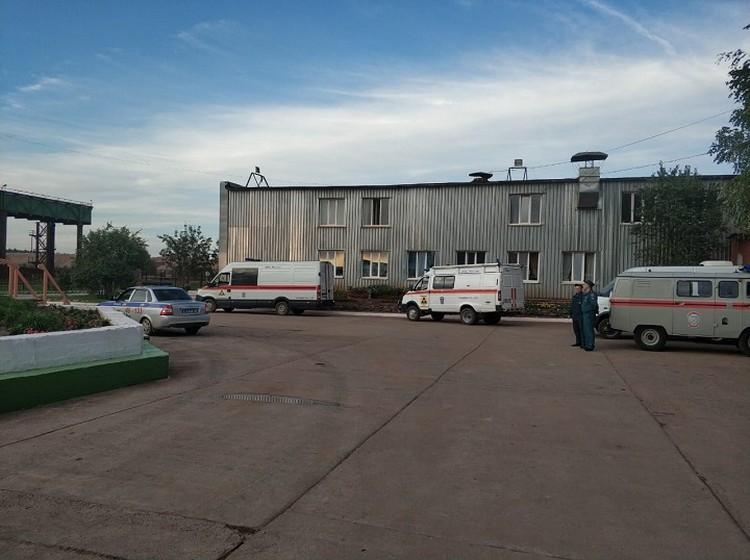 Техника спасателей на территории предприятия. Фото: пресс-служба МЧС по Свердловской области