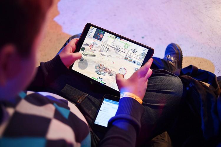 Кстати, виртуальные игры, наоборот, развивают внимание