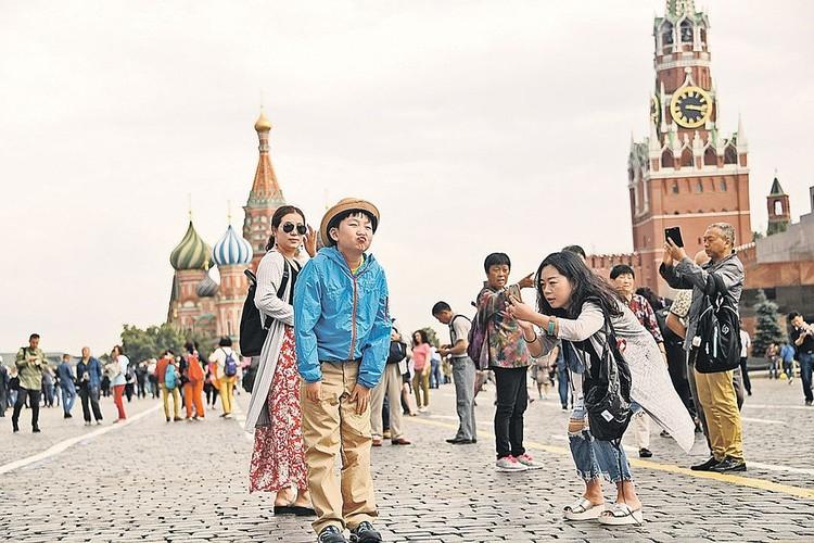 Большинство туристов, посещающих Москву, — молодые люди в возрасте до 34 лет